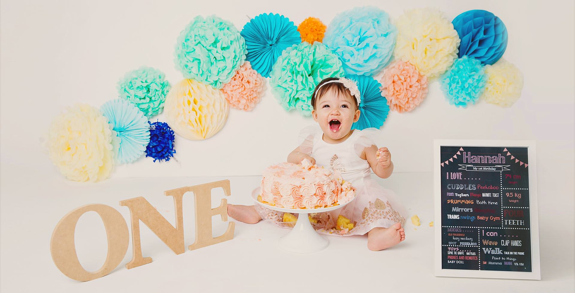 Cake Smash Portrait Photo Studio