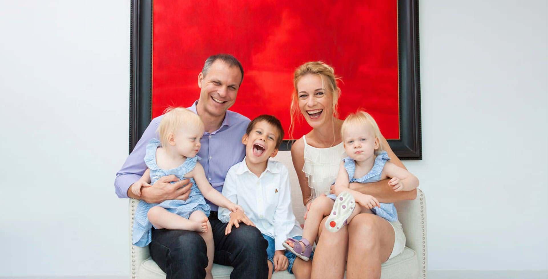 Family Portrait Photo Studio