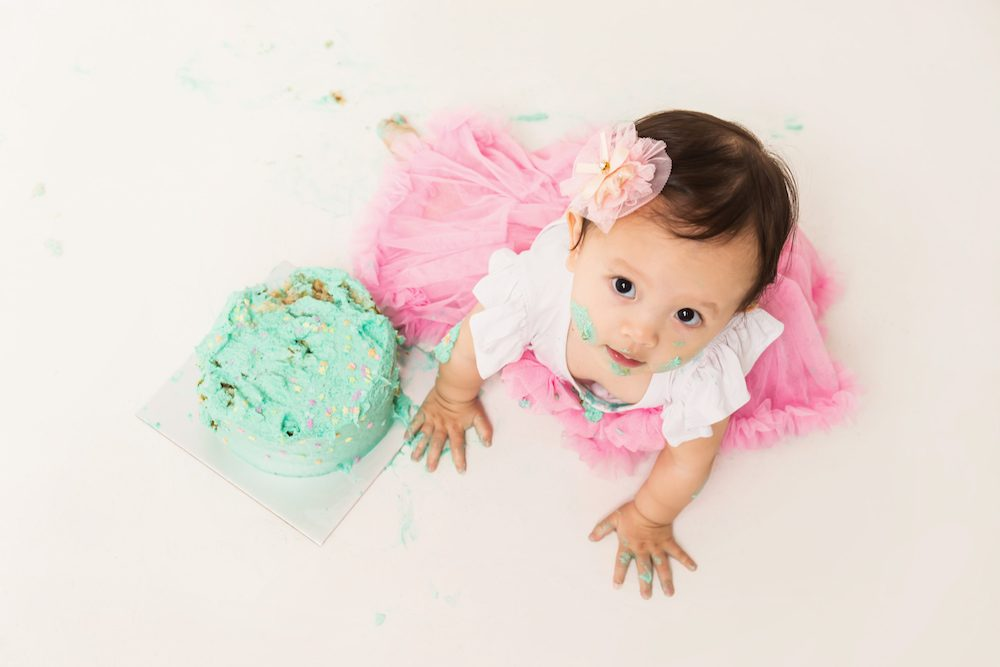 1 year old cake smash photoshoot
