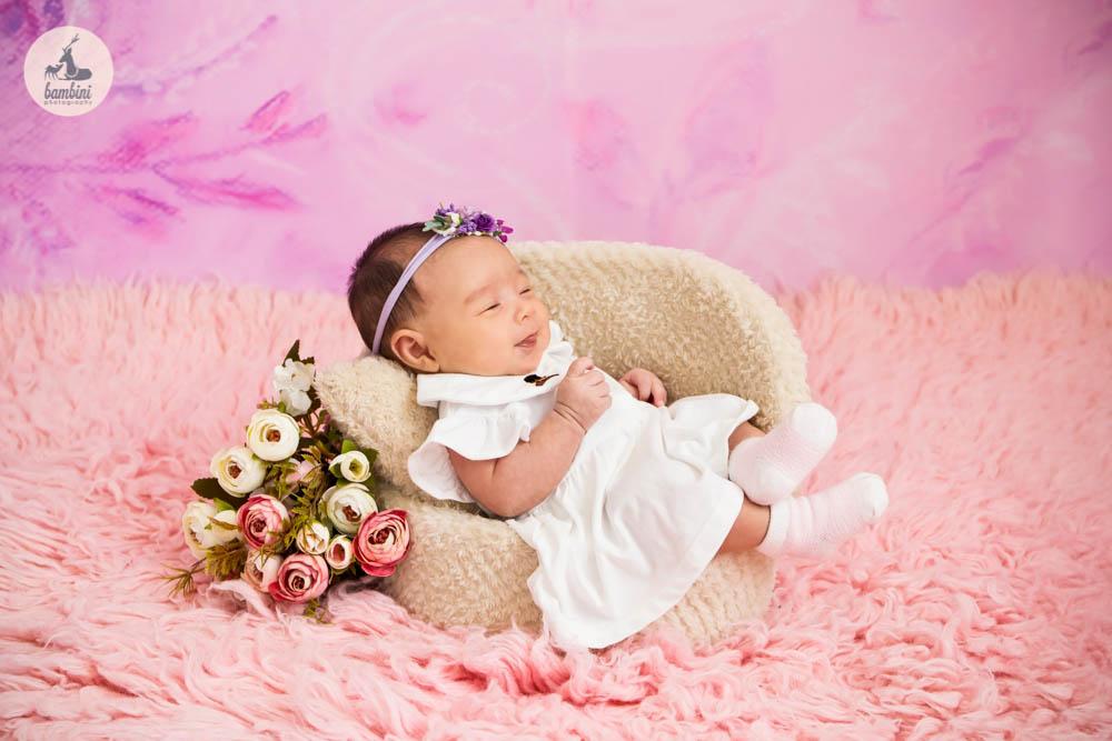 6 weeks baby photoshoot