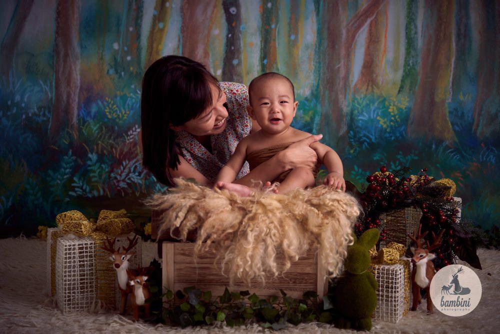 Baby Photography Christmas Theme
