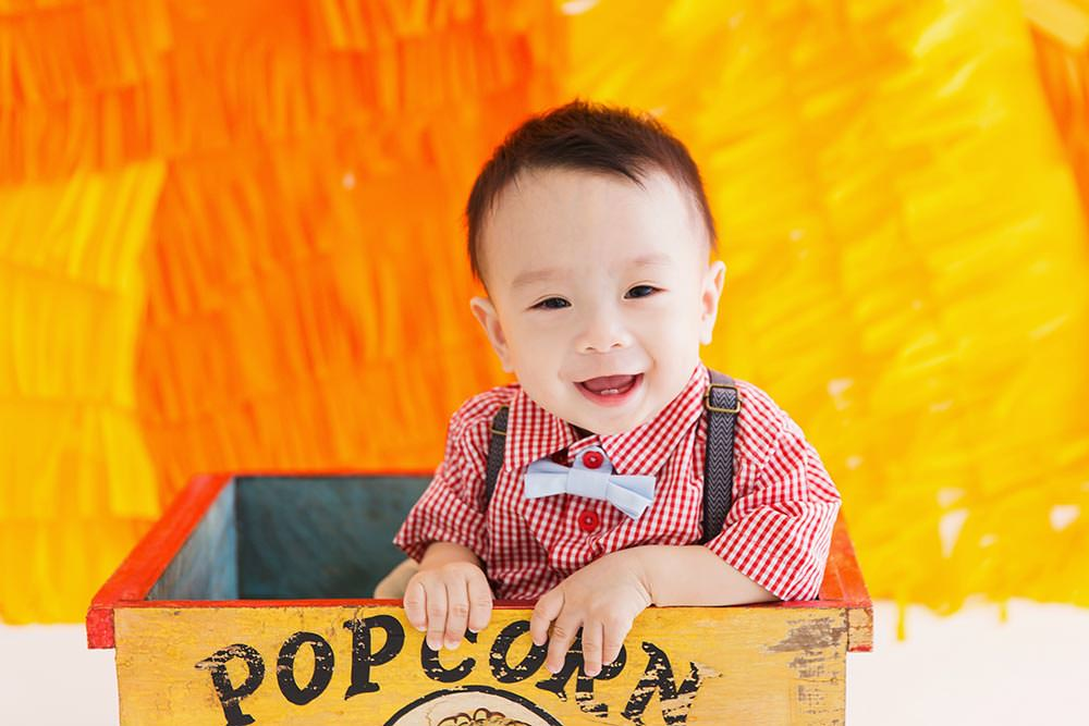 1 year old baby and family celebration photoshoot singapore