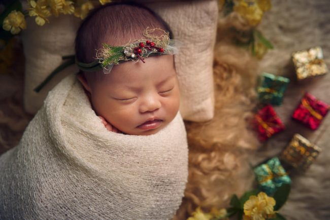 Christmas Newborn Photography
