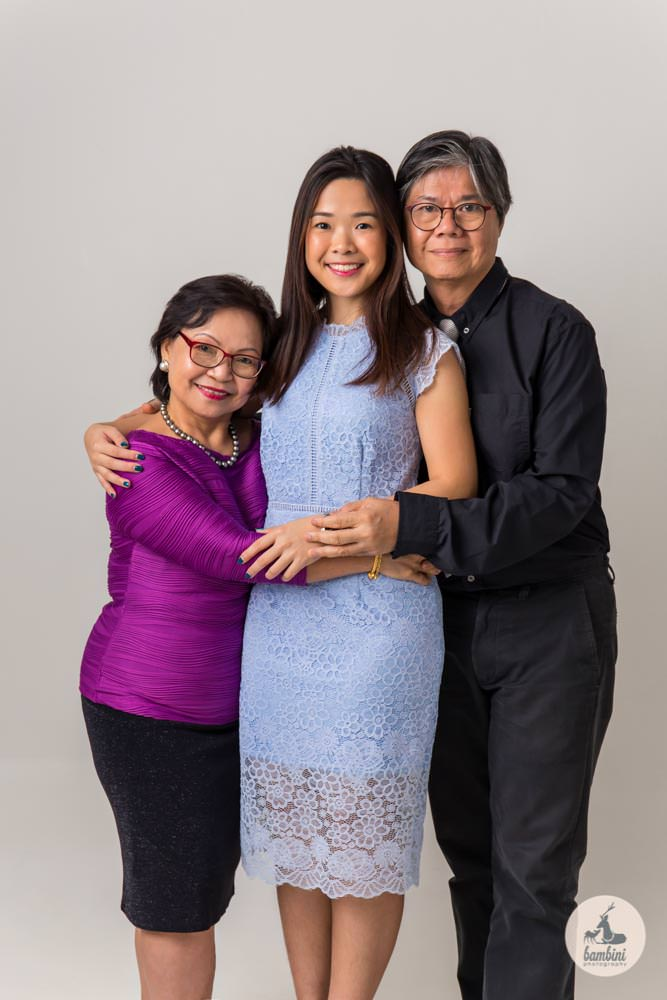 Family and Graduation Photo Studio