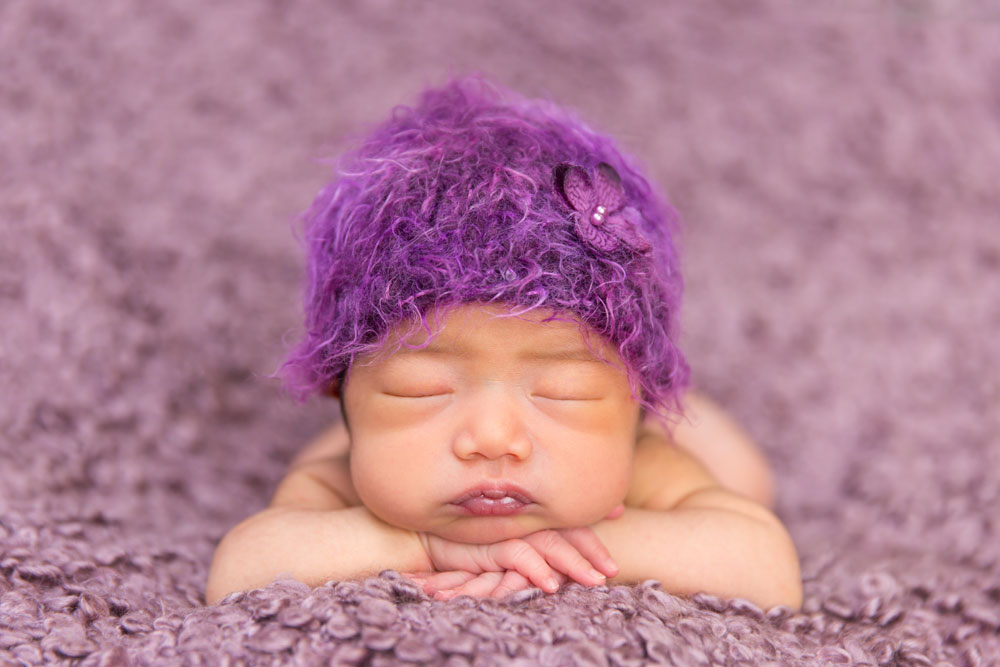 One newborn photoshoot session can last up to 3 hours